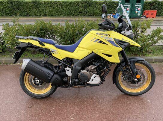 SUZUKI VSTROM 1050 XT jaune